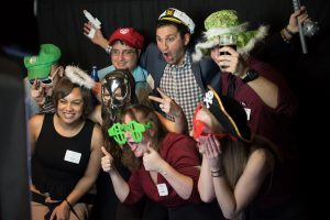 Large capacity photo booth